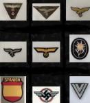 CLOTH CAP AND UNIFORM INSIGNIA -   Eagles - Wreaths - Patches