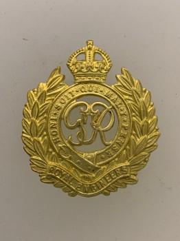 Royal Engineers metal cap badge