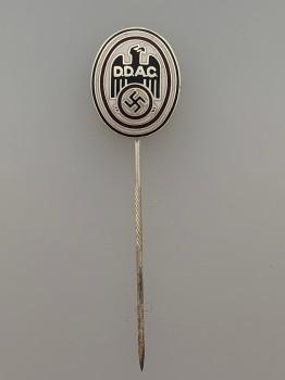 D.D.A.C. enameled membership lapel badge