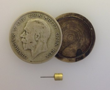 WWII German or British  'Half Crown' Spy Coin GEORGE V