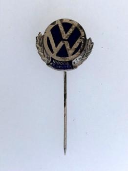 Volkswagen V.W. 100,000 Kilometer lapel badge..
