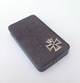 WWI Imperial German  Special Kaiser Presentation case for the Iron Cross 2nd Class
