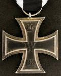100% ORIGINAL GENUINE  WW1 Iron Cross 2nd Class.