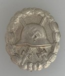 SPANISH CIVIL WAR WOUND BADGE- SILVER GRADE: SOLID TYPE. SUPERIOR QUALITY.