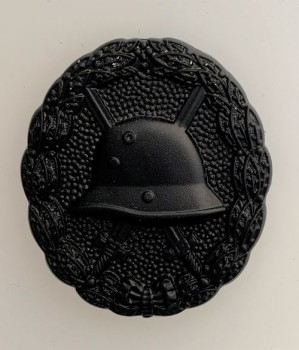 Imperial German Army WWI wound badge in Black- solid type.