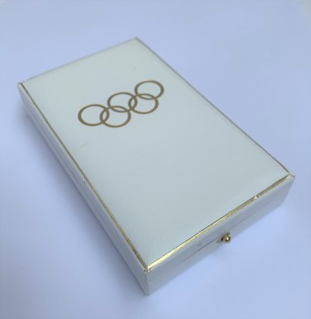 Presentation case for the German 1936 Olympic Games medal.
