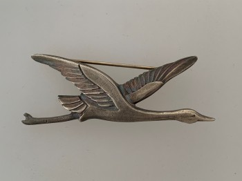 WWI French Air Force 'Cicogne' or Stork Escadrille Badge of SPA 103.