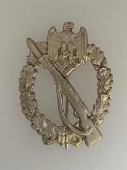Army Infantry Assault Badge in Silver. HOLLOW TYPE
