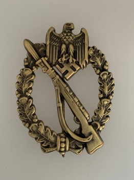 Army Infantry Assault Badge in Bronze. HOLLOW TYPE.