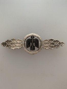 Luftwaffe Fighter Clasp in Silver. ORIGINAL QUALITY.