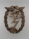 Luftwaffe Ground Assault badge. EXCEPTIONAL  AGED FINISH